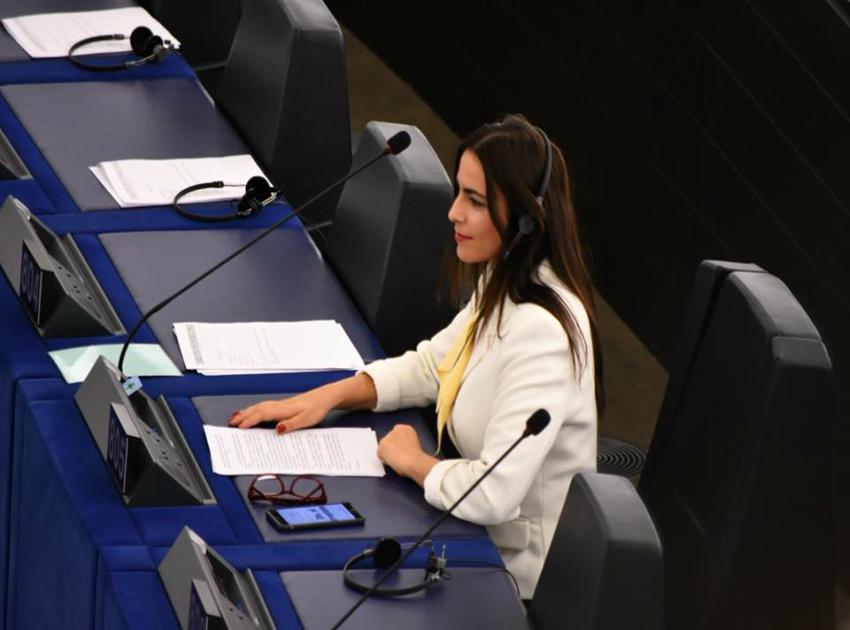 Dezbatere cu sala goală în Parlamentul European!