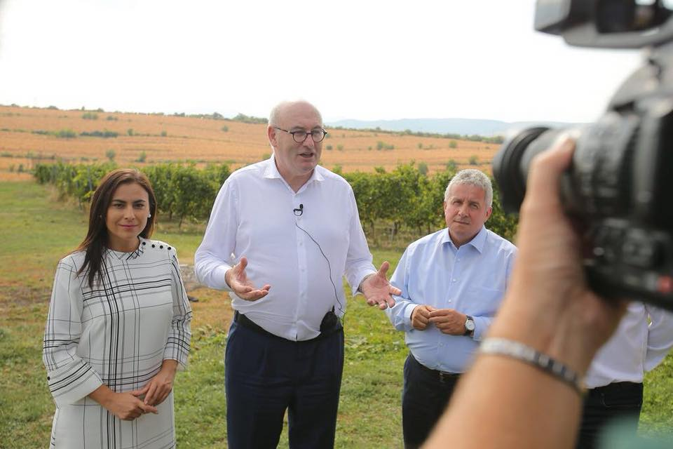 Gabriela Zoana, Phil Hogan, in vizita la Crama Salina