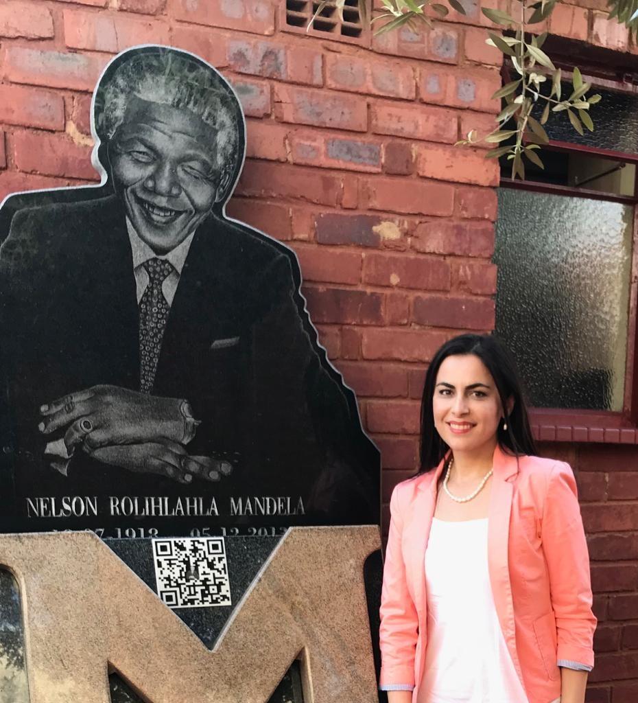 Europarlamentarul Gabriela Zoana la Nelson Mandela House, Africa de Sud