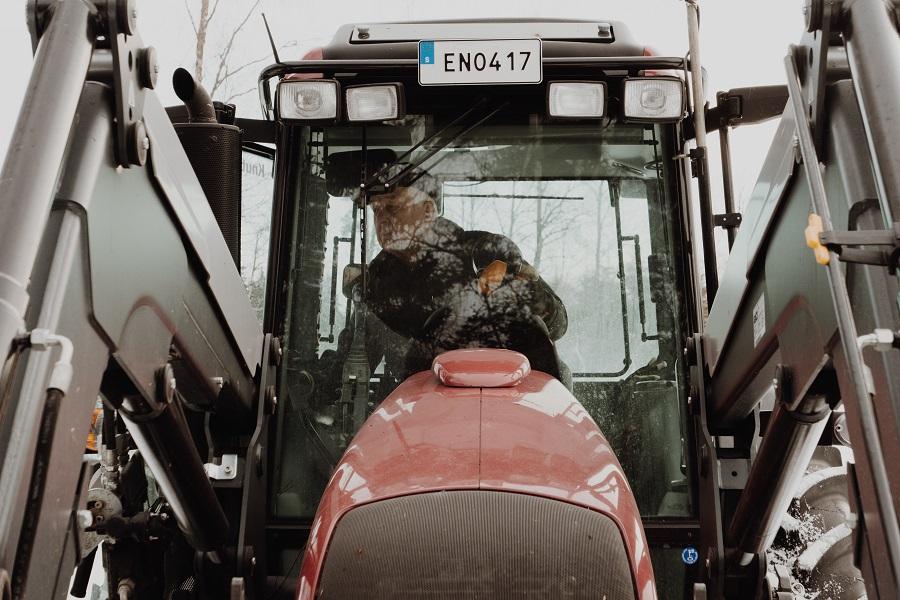 Cresterea mediei de varsta a fermierilor in UE
